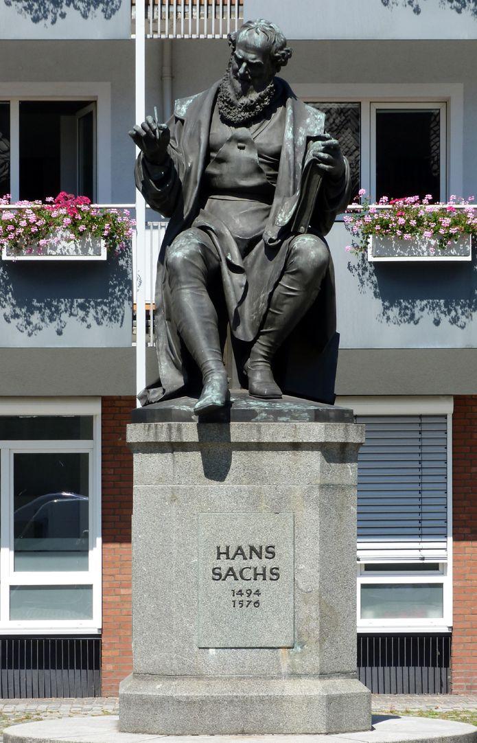 Hans Sachs Denkmal Gesamtansicht