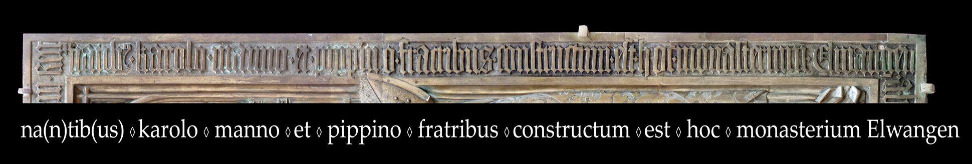 Memorienplatte für Hariolf und Erlolf Inschrift am rechten Plattenrand