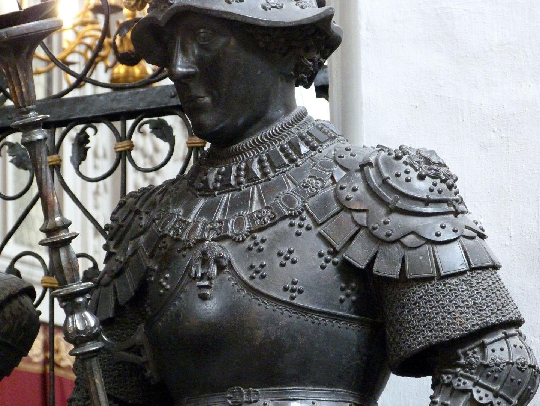 Herzog Karl der Kühne von Burgund (Innsbruck) Oberkörper