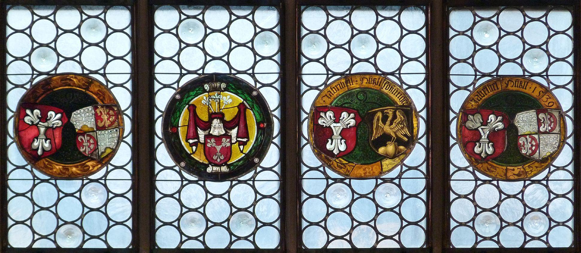Hirschvogelfenster Fenster-Couronemment, untere Wappenreihe