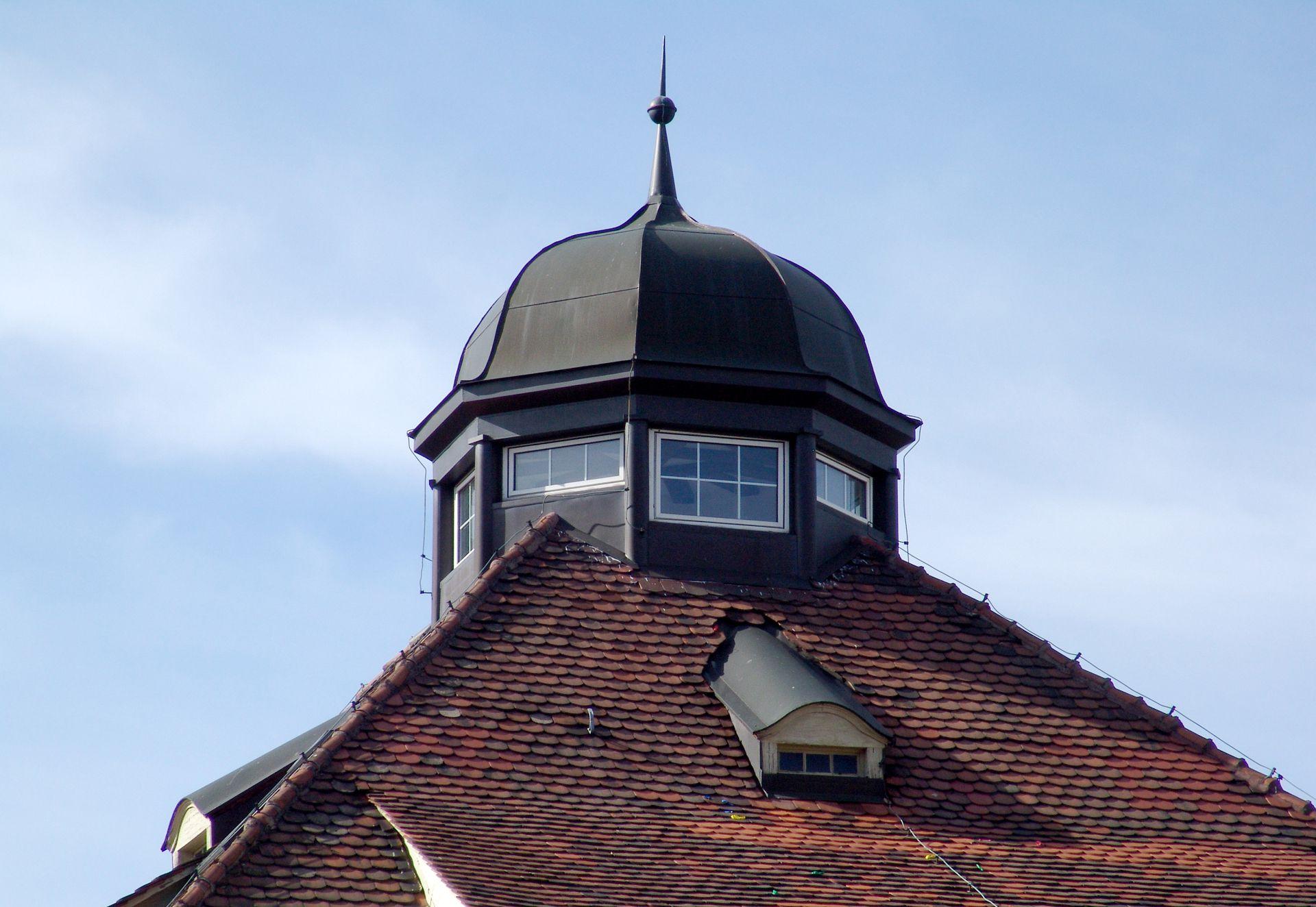 Wohnhaus, Campestraße 17 Dachlaterne