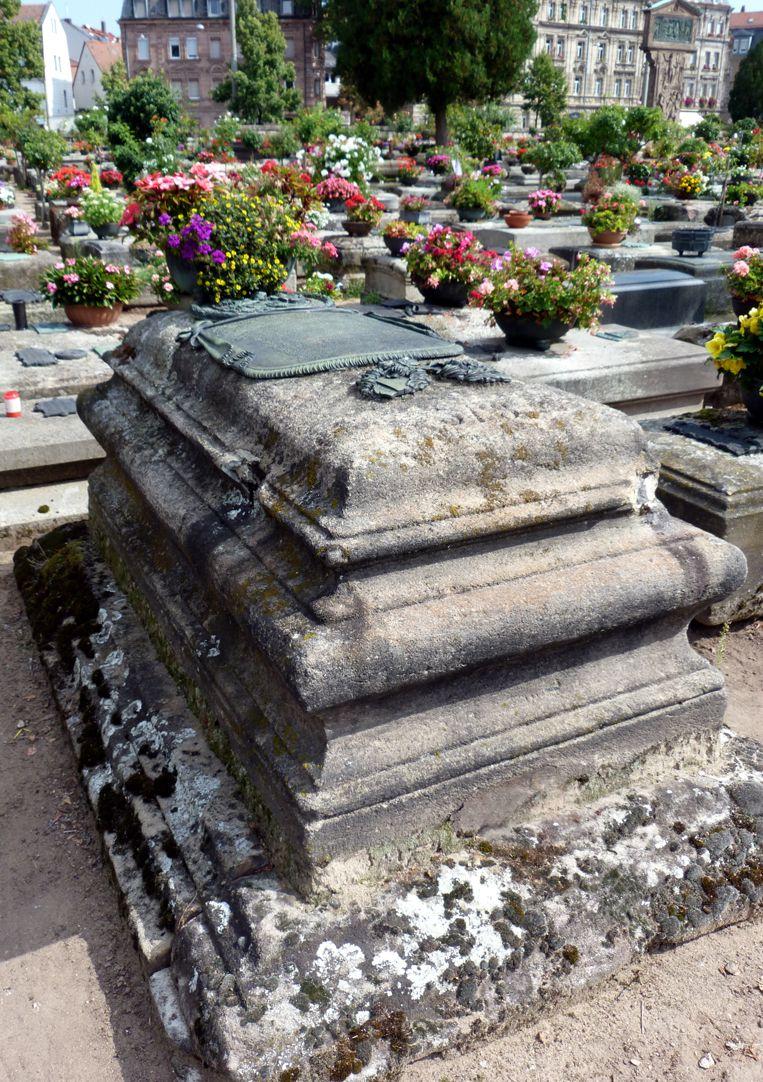 Johannisfriedhof, Grab 318/19 Gesamtanicht