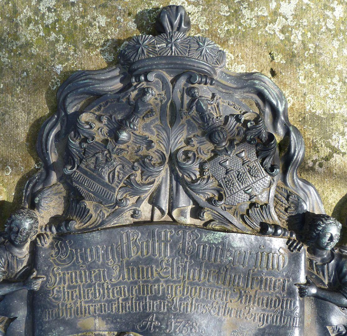 Tumba des Georg Wolff Pantzer und Ehefrau Anna Maria Elisabetha Ruland Allianzwappen