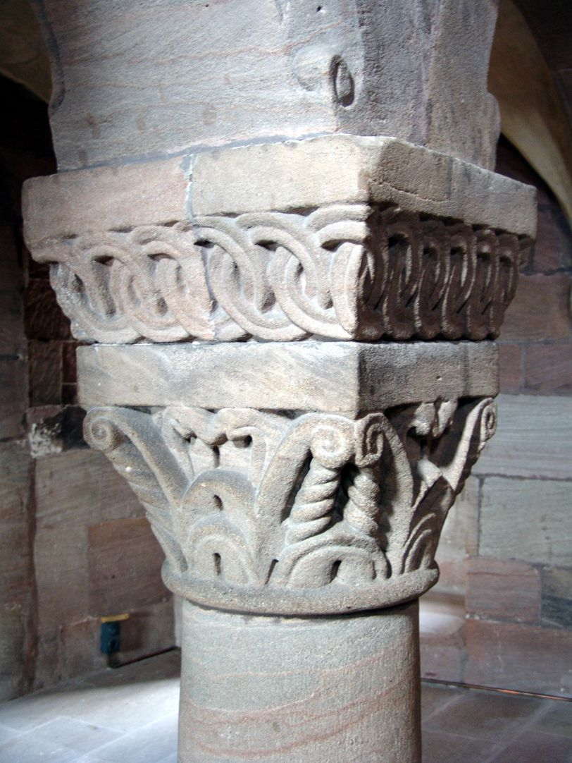Kapelle der Kaiserburg Pfeilerkapitell der Kaiserempore