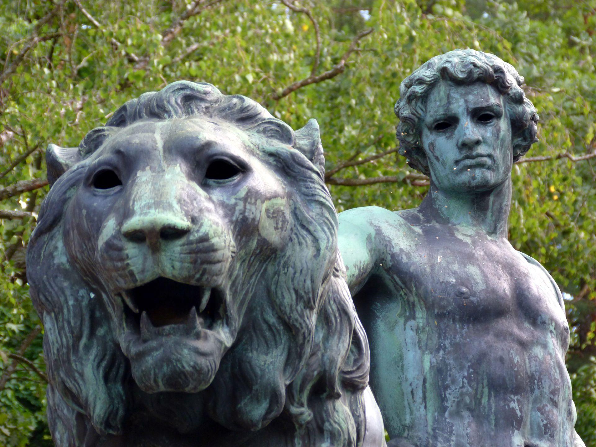 Figurengruppe mit Löwen Mann mit Löwe, Detail