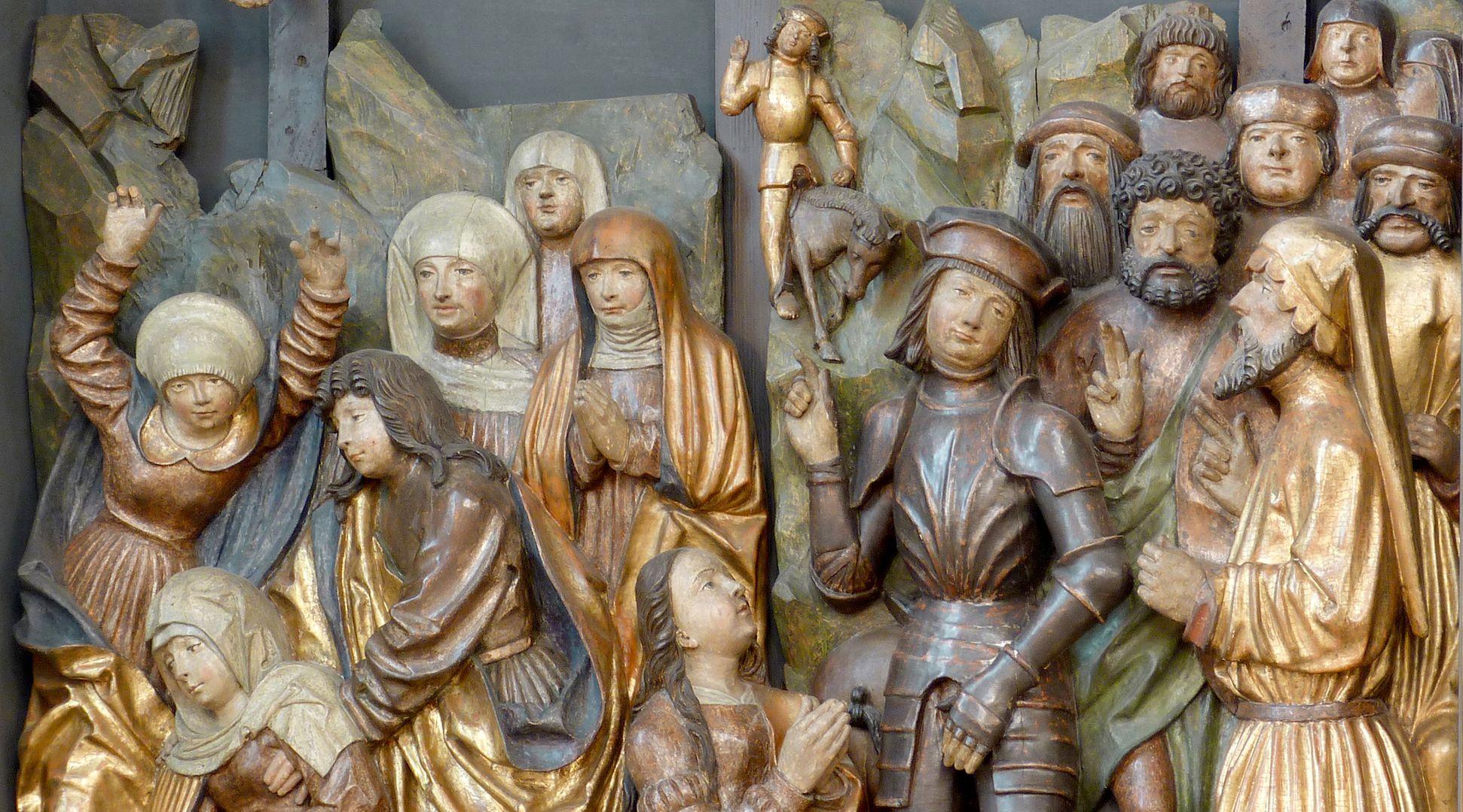 Kreuzaltar Schrein: Menschenmenge unter den Gekreuzigten, Detail mit dem Longinus ohne Lanze, vor ihm die flehende Magdalena