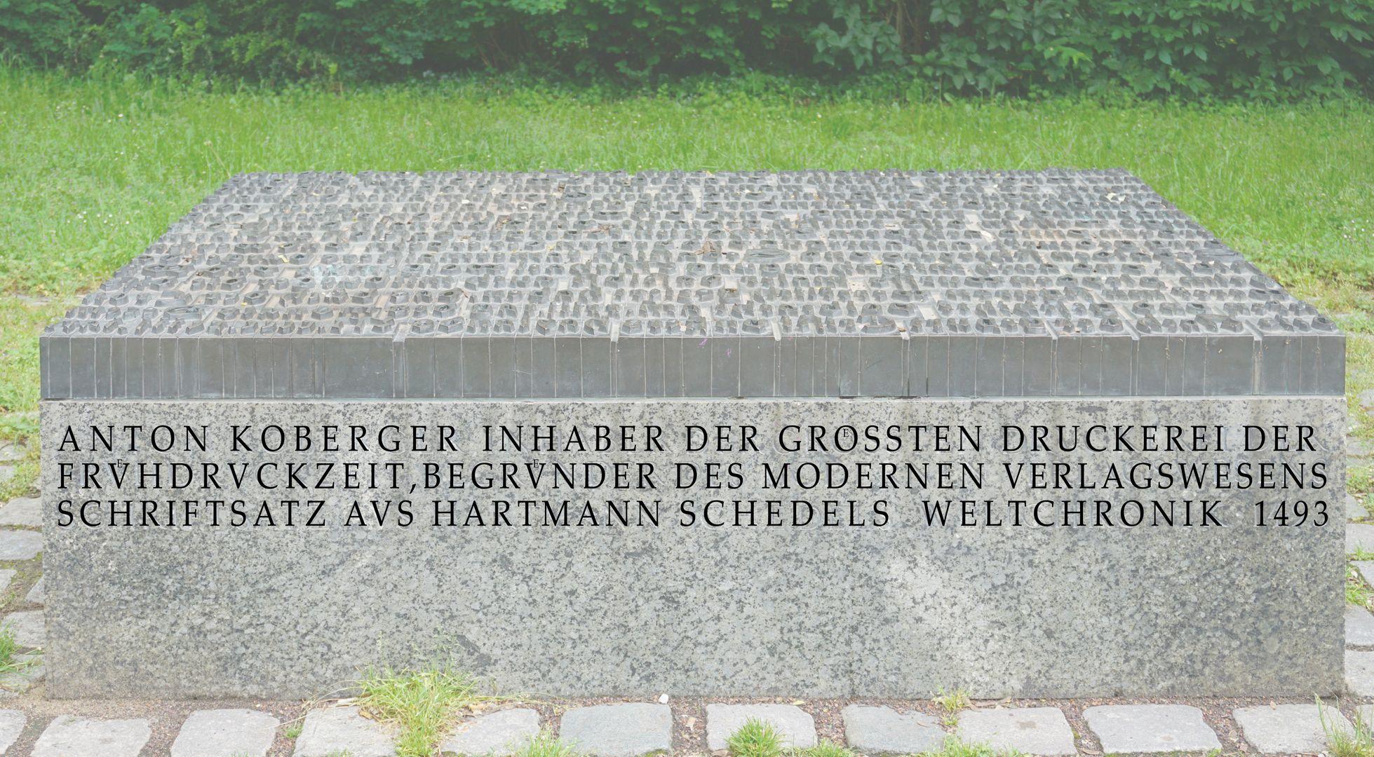 Anton Koberger / Gedenkstein Frontseite mit Inschrifttext (nachträgliche Fotobearbeitung)