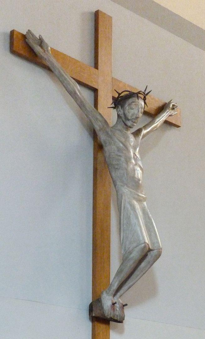 Christus am Kreuz seitliche Ansicht von links