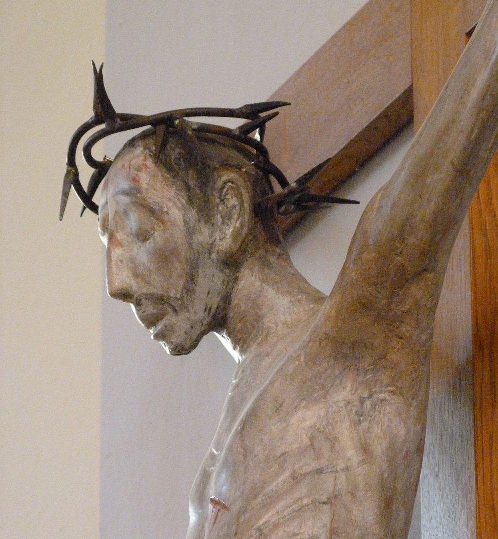 Christus am Kreuz Haupt mit Dornenkrone