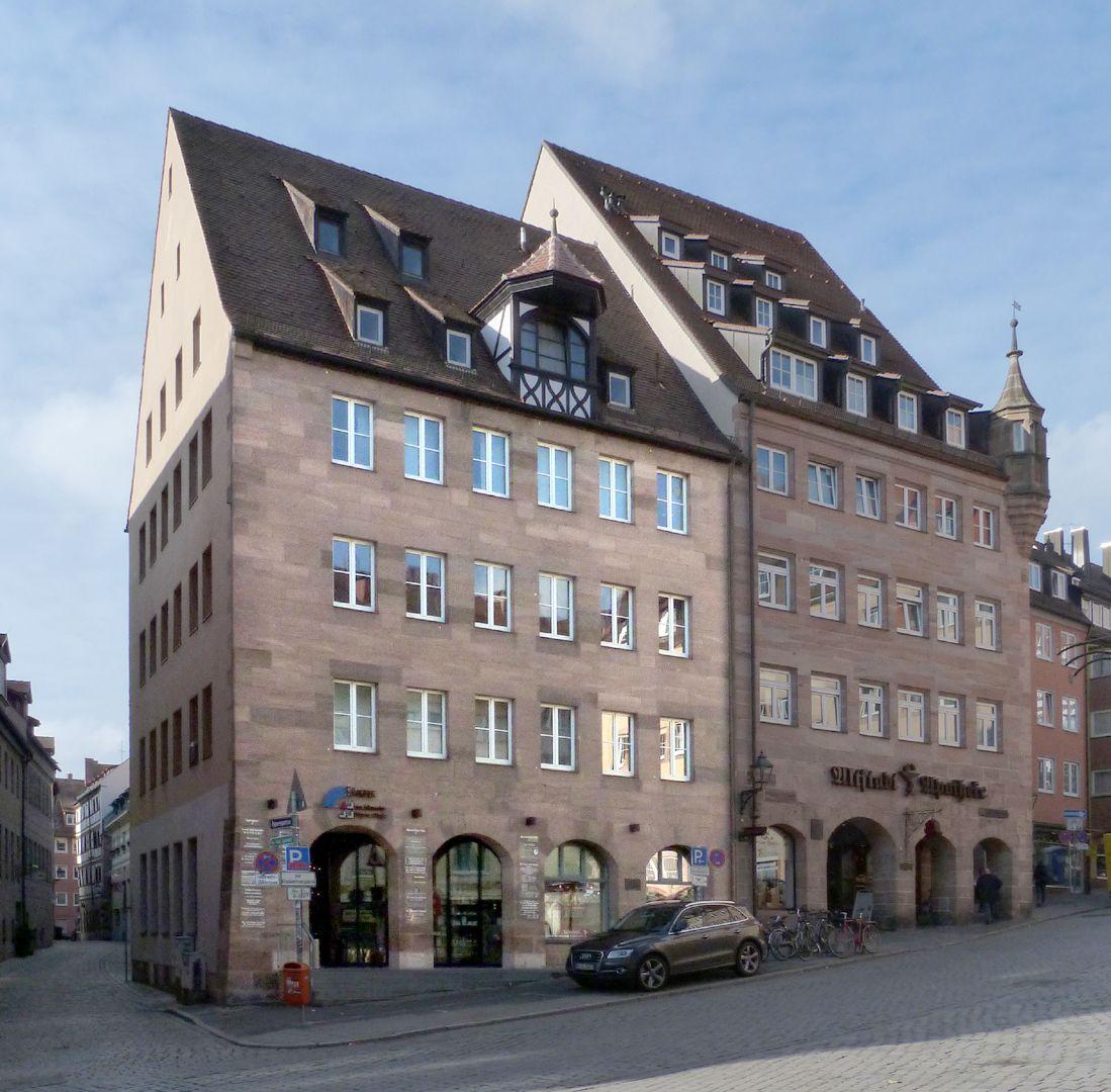Ärztehaus Platzansicht, Haus Albrecht-Dürer-Platz 9 und 11