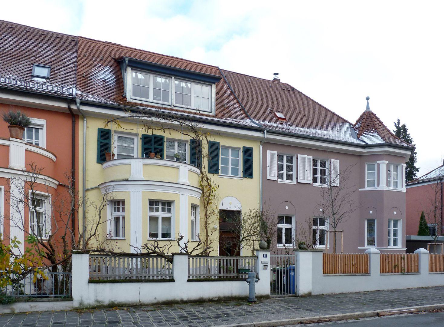 Wohnhausreihe in der Danziger Straße Ansicht von Westen