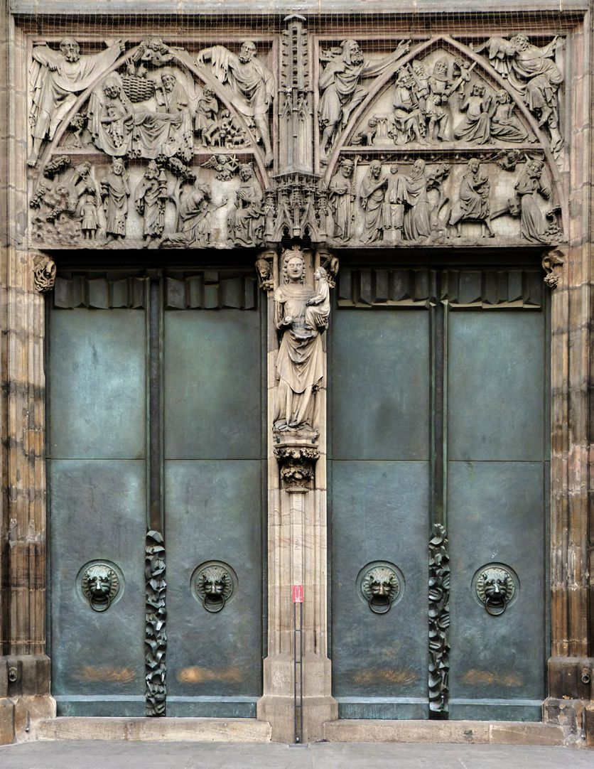St. Lorenz, Westportal, Bronzetüren Portal mit Reliefs, Trumeau und Türenpaar
