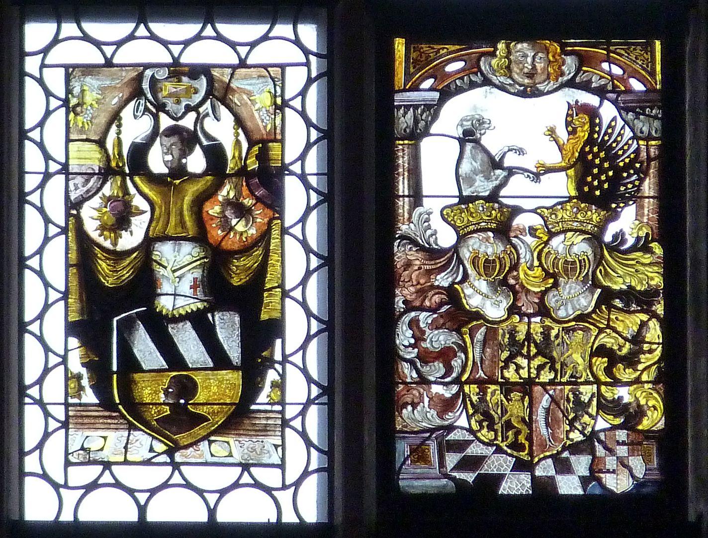 Ratsfenster zweitoberste Zeile rechts: Tucher- und Muffelwappen, 16.Jh.