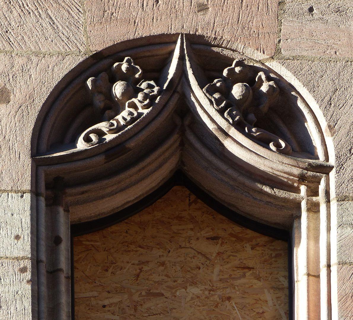 Lorenzer Pfarrhof Fensternische mit Vorhangbogen
