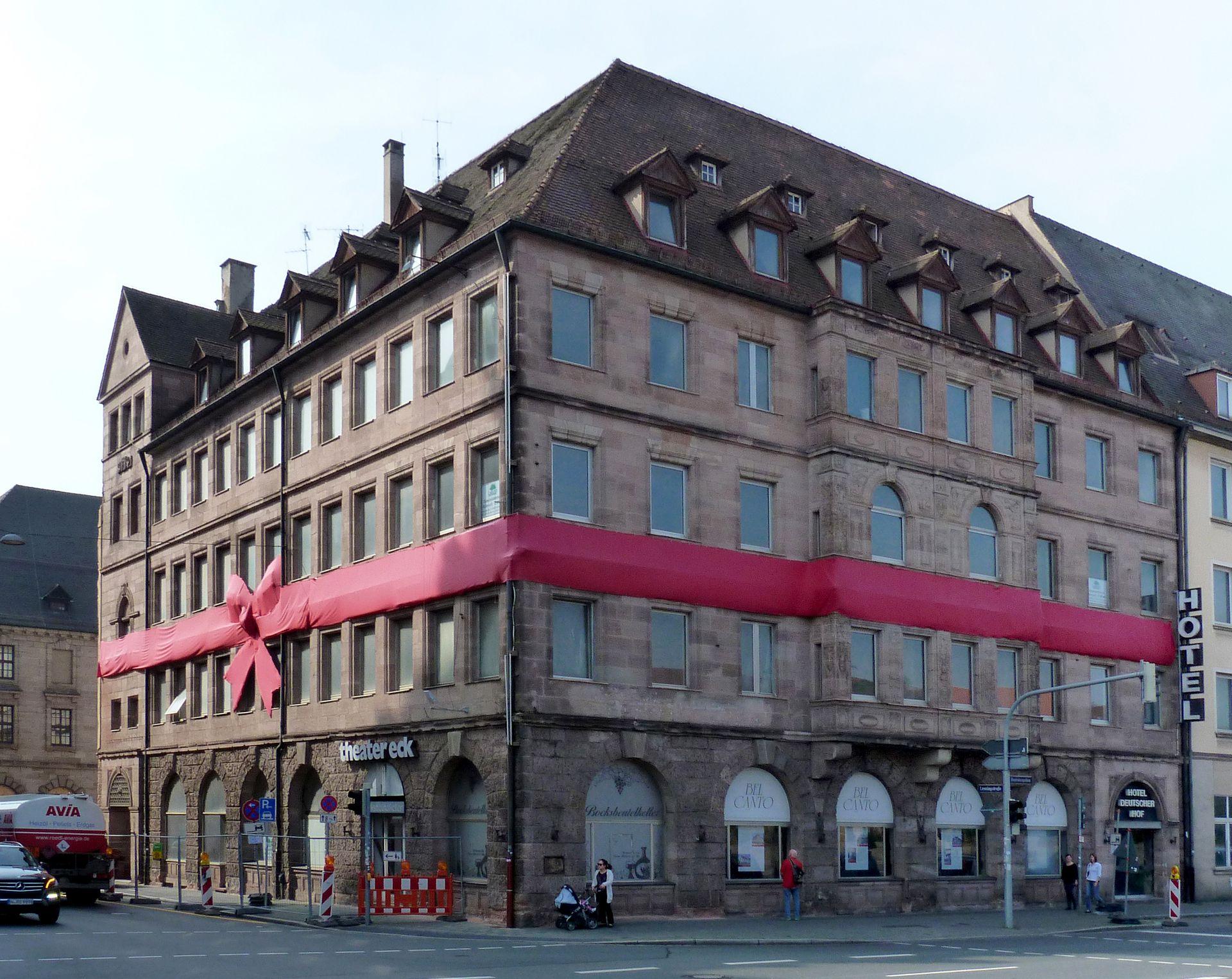 Hotel Deutscher Hof Ansicht vom Frauengraben im Zustand von 2014