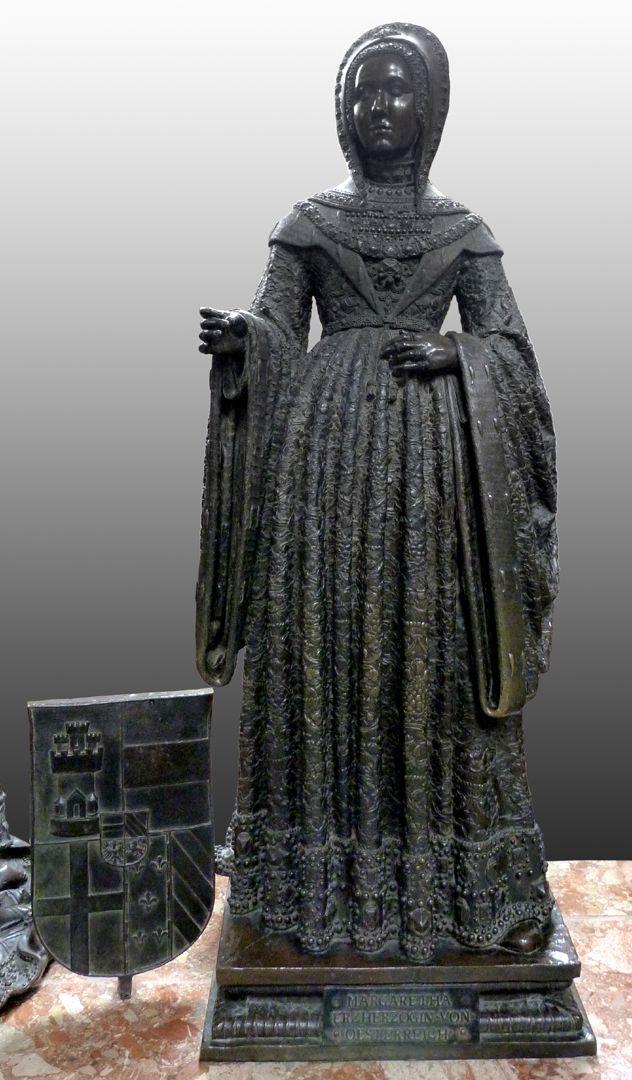 Margarethe von Österreich (Innsbruck) Frontalansicht