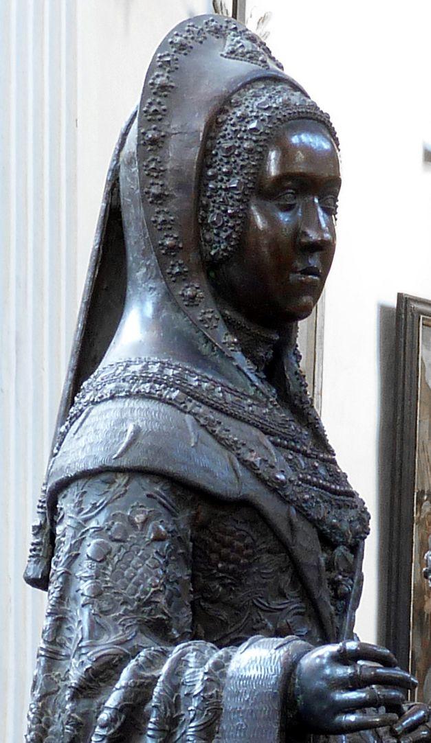 Margarethe von Österreich (Innsbruck) Oberkörper