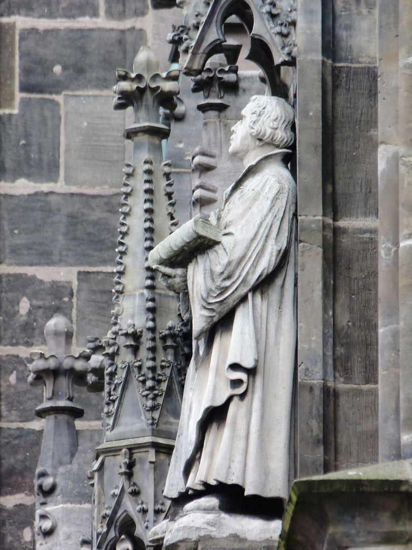Martin Luther Seitenansicht von Westen