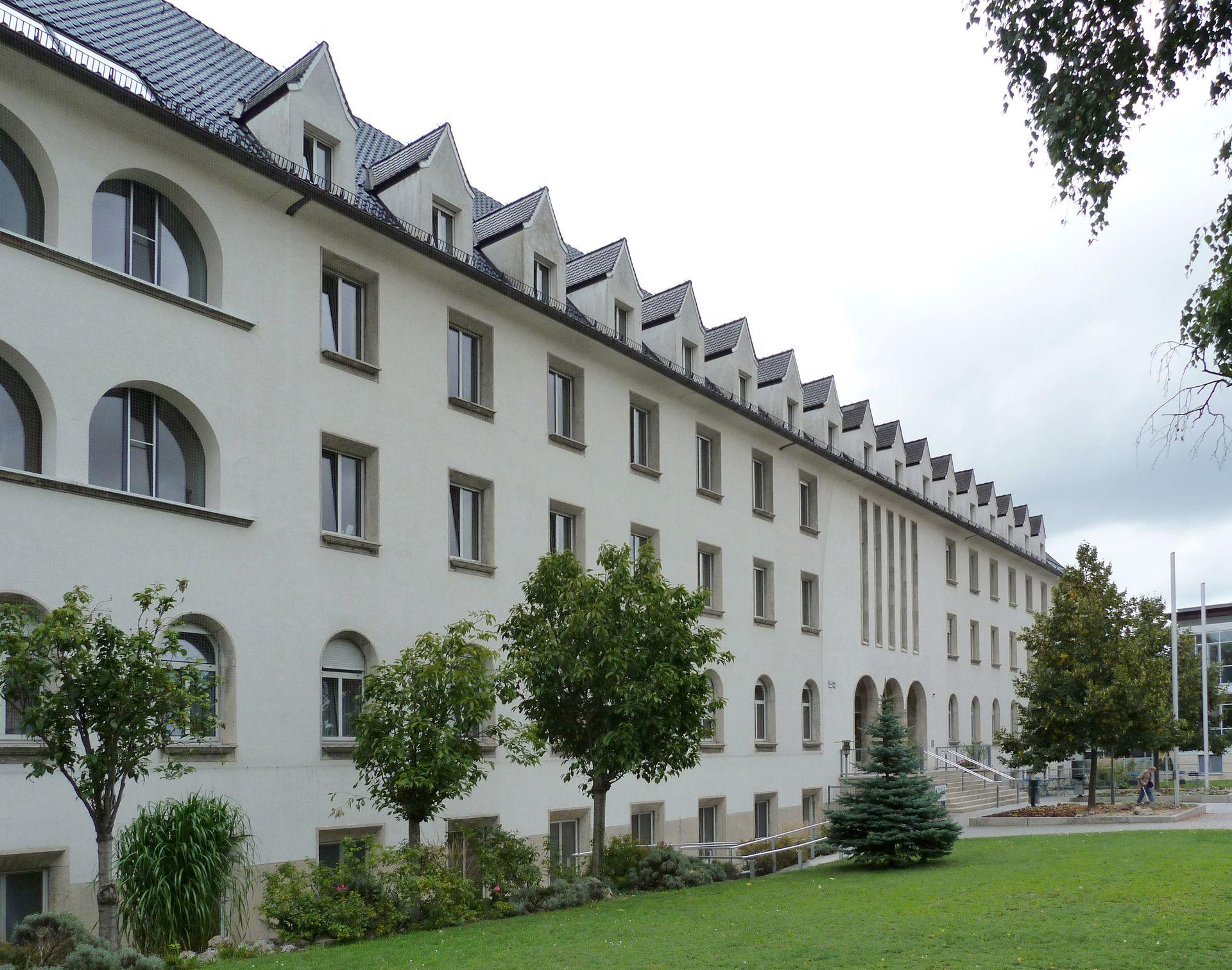 Theresienkrankenhaus Nordfassade