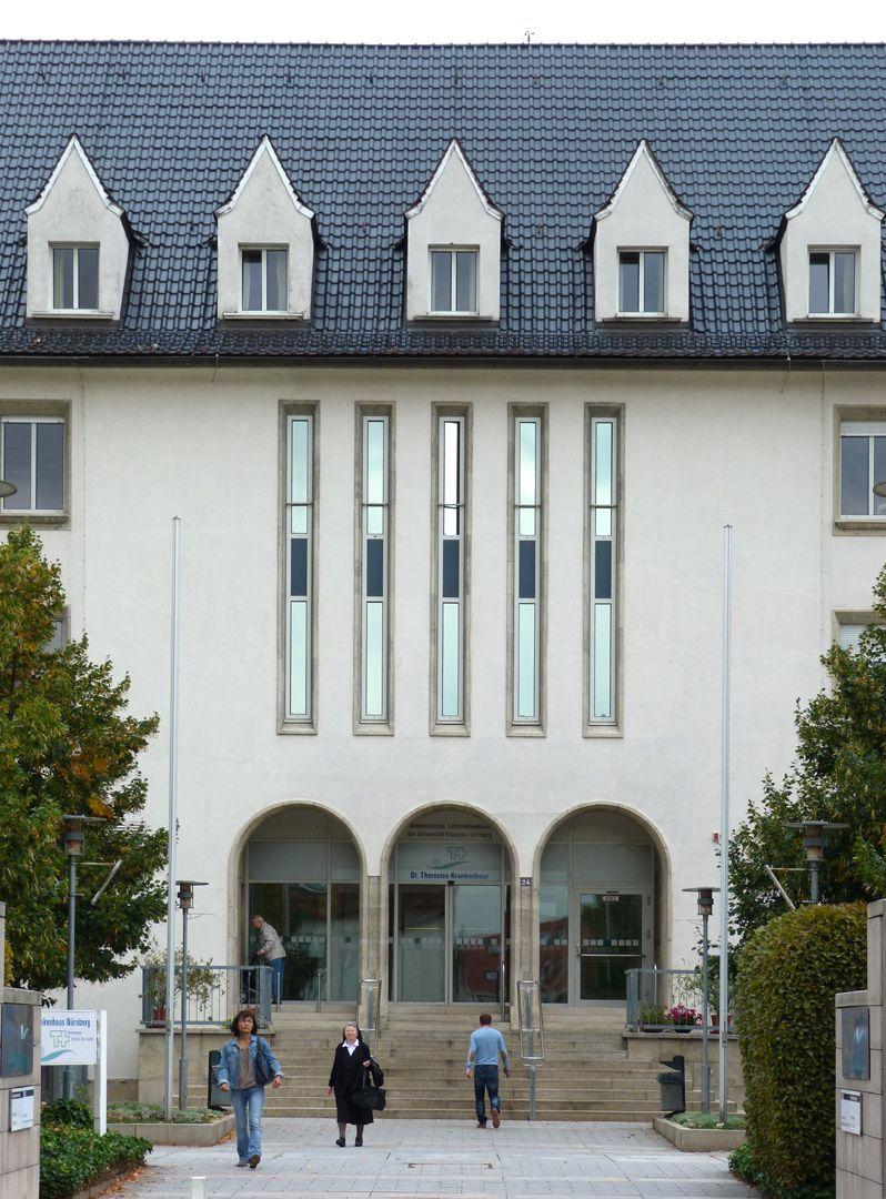 Theresienkrankenhaus Haupteingang