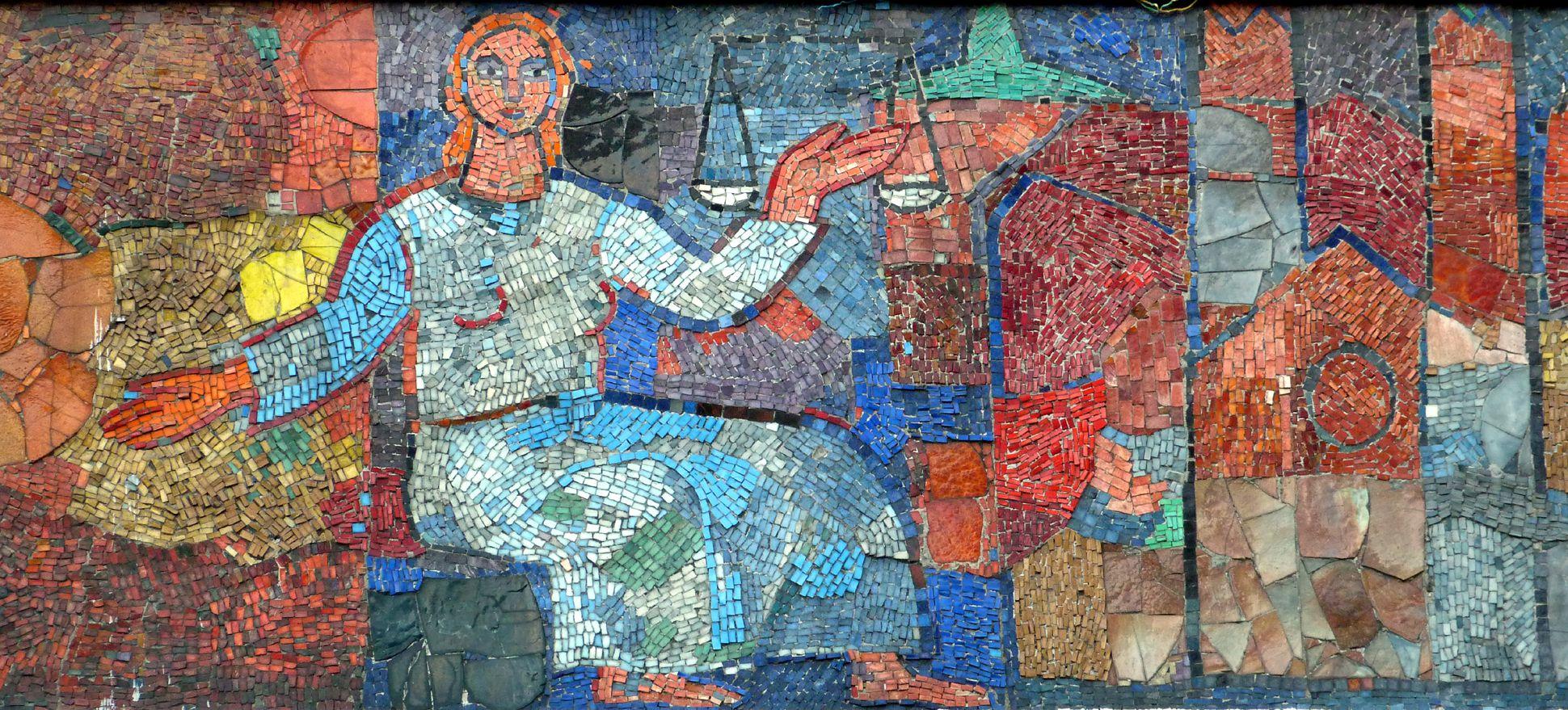 """Mosaik am Hauptmarkt in Nürnberg Die """"Noris"""" mit Waage und Nürnberger Bauten"""
