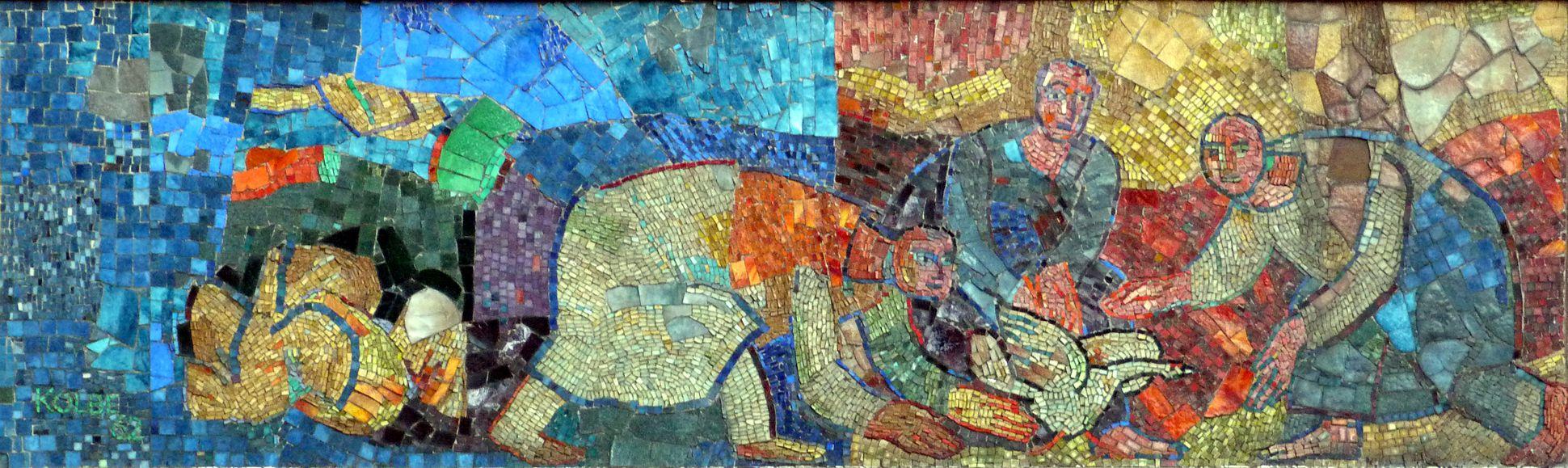 Mosaik am Hauptmarkt in Nürnberg Anfangsszenen des nördlichen Mosaikbandes mit entflohener Gans