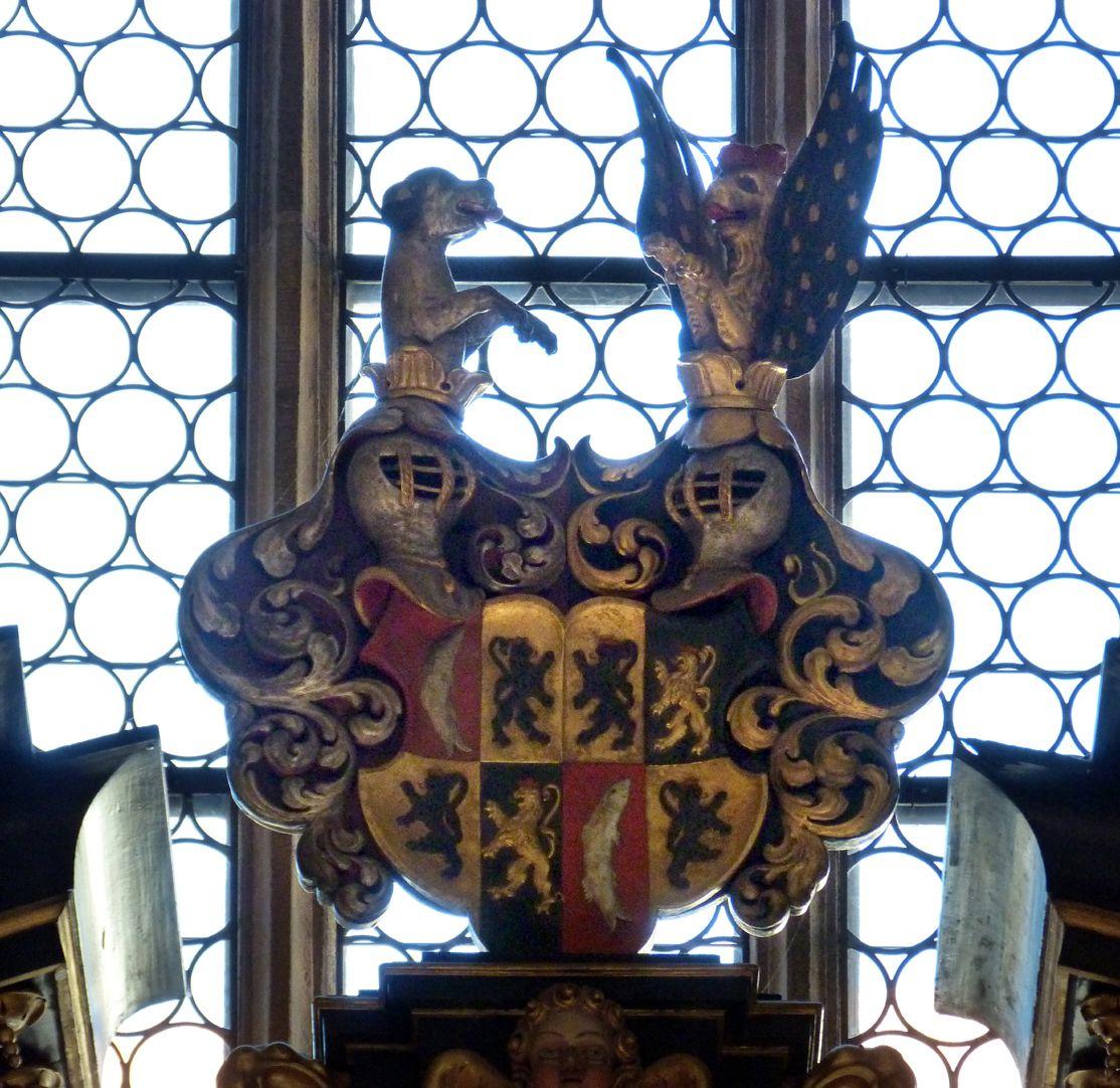 Muffel-Altar Altarbekrönung, Wappen der Muffel