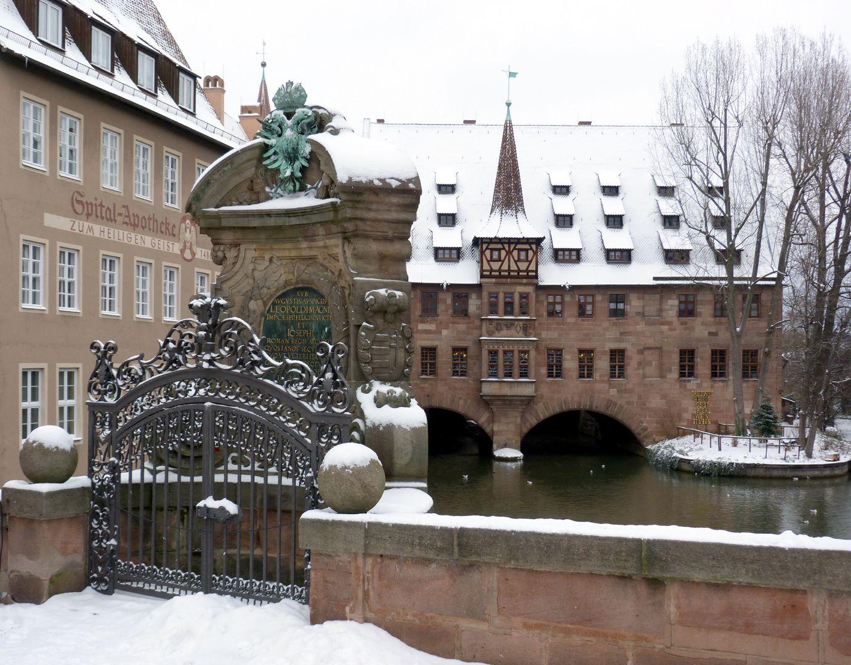 Kanzeln der Museumsbrücke mit Inschriften östliche Kanzel, Ortsansicht