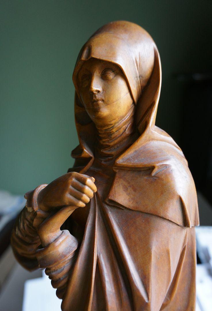 sog. Nürnberger Madonna Oberkörper, Schrägansicht von vorne