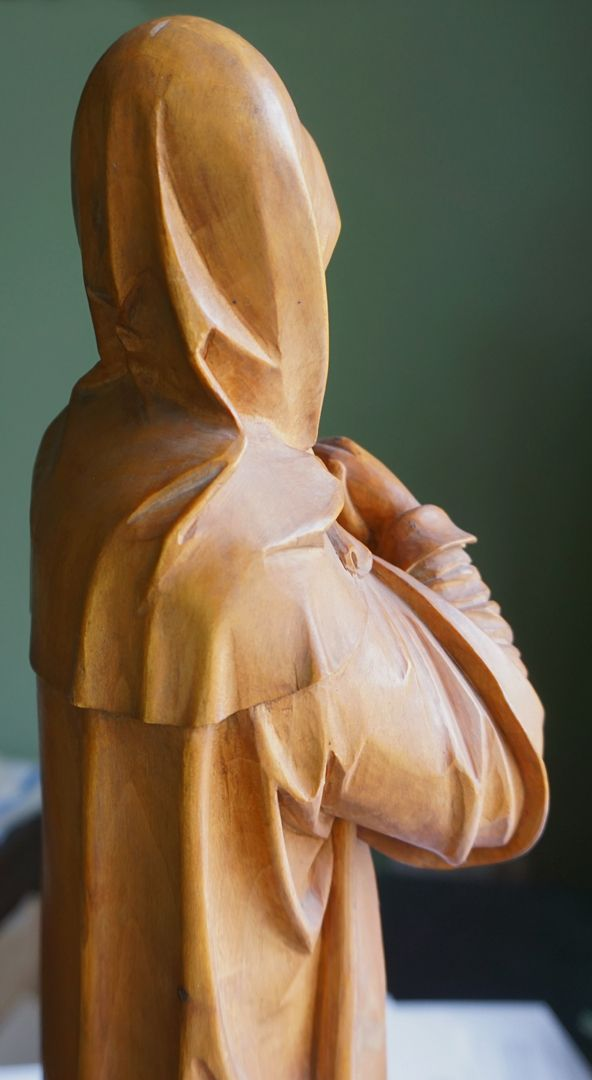 sog. Nürnberger Madonna Oberkörper, Schrägansicht von hinten