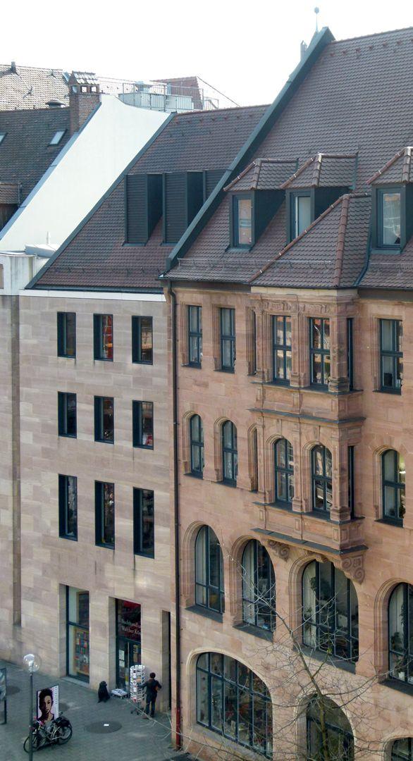Neues Museum Luitpoldstraße mit der Fassade an der Schmalseite des Museums, Schrägansicht von oben