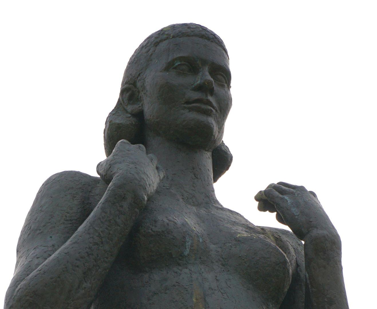 Norisbrunnen Detail der oberen Frauengestalt