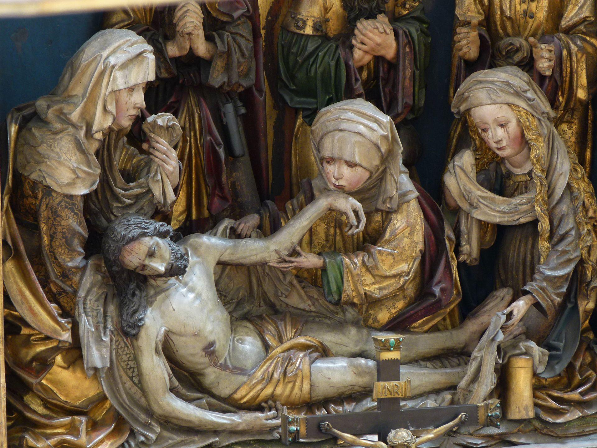Peringsdörfer Altar Mittelschrein: Beweinung Christi mit den drei Marien, von l. nach r.: Jungfrau Maria, Maria Kleophas und Maria Magdalena