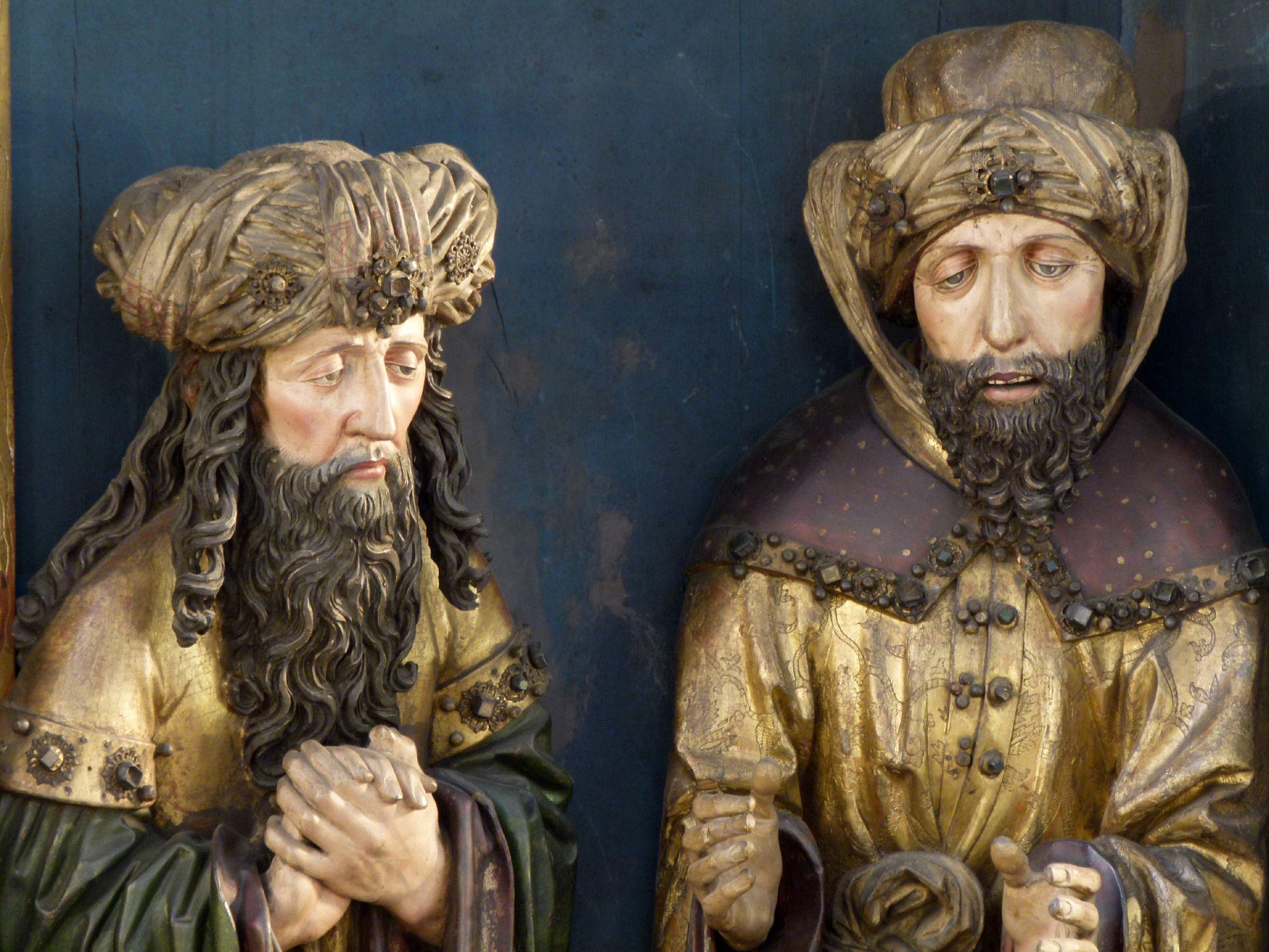 Peringsdörfer Altar Mittelschrein: Beweinung Christi, Detail: l.: Joseph von Arimathia und r.: Nikodemus