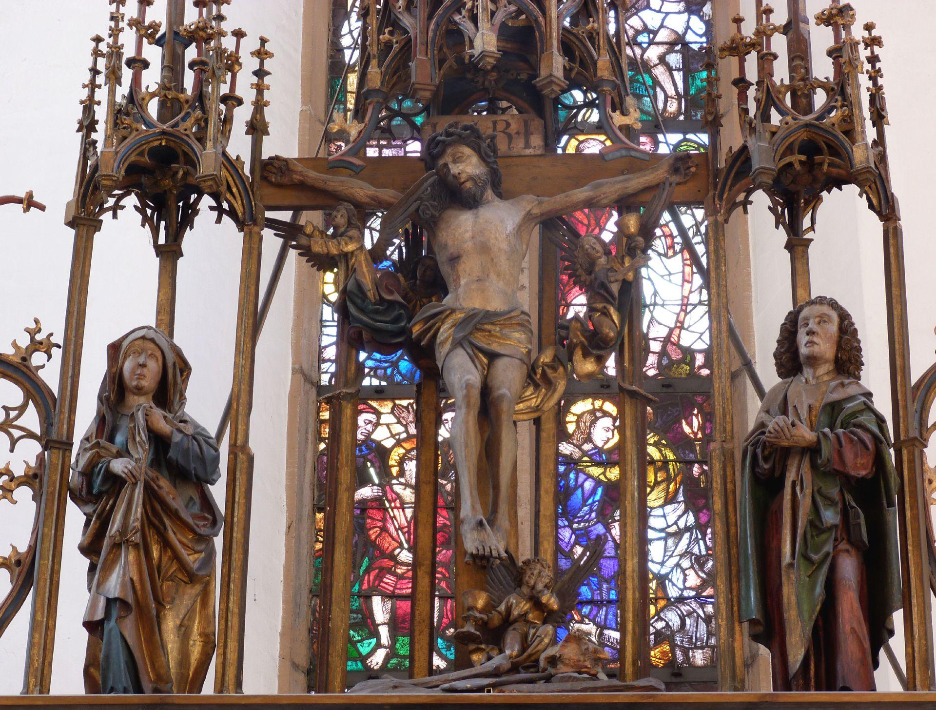 Peringsdörfer Altar Gesprenge: Gekreuzigter zwischen Maria und Johannes