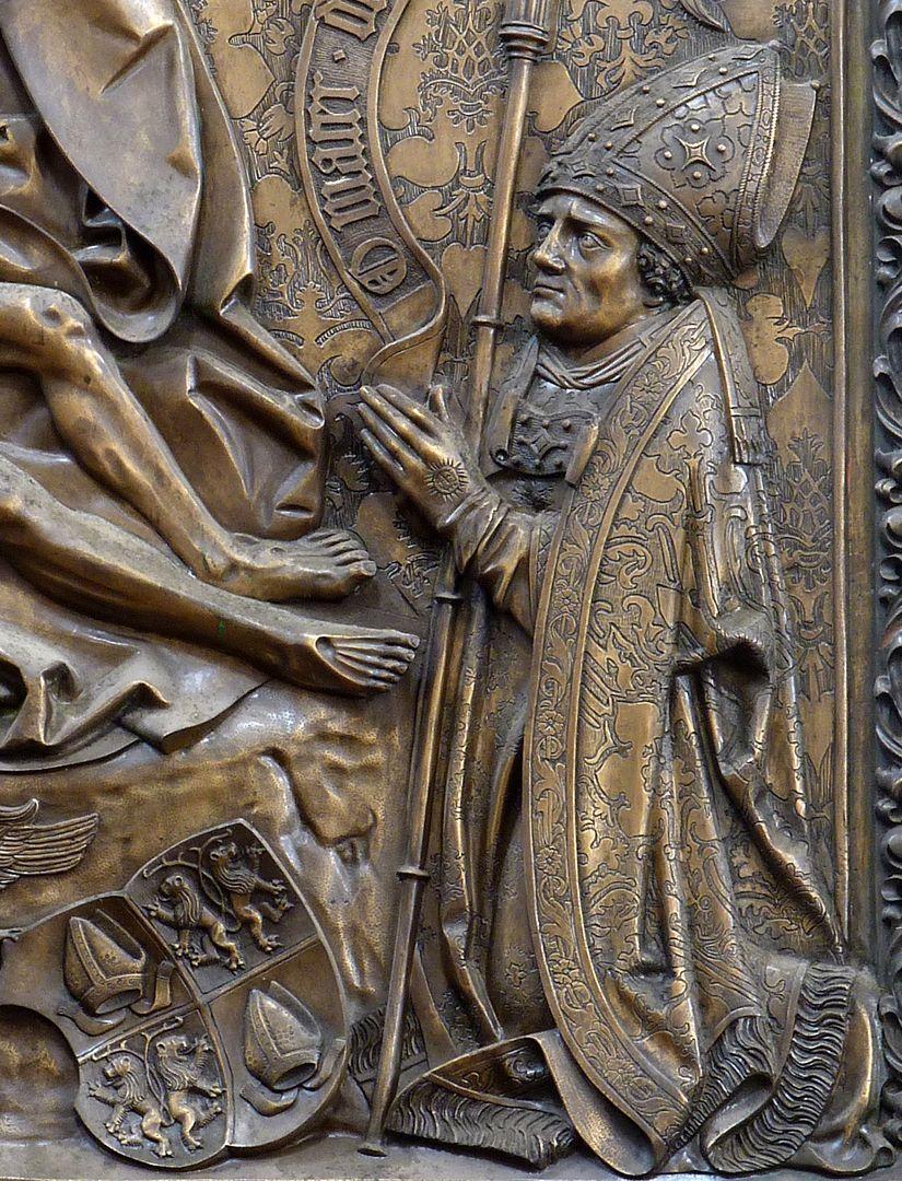 Johannes von Hürnheim und Albrecht von Rechenberg der knieende Albrecht von Rechberg mit Bischofstab und Wappen