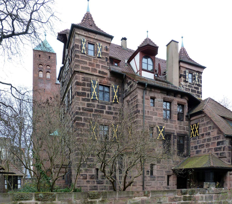 Petzenschloss (Schlösschen Lichtenhof) Hauptgebäude von Westen