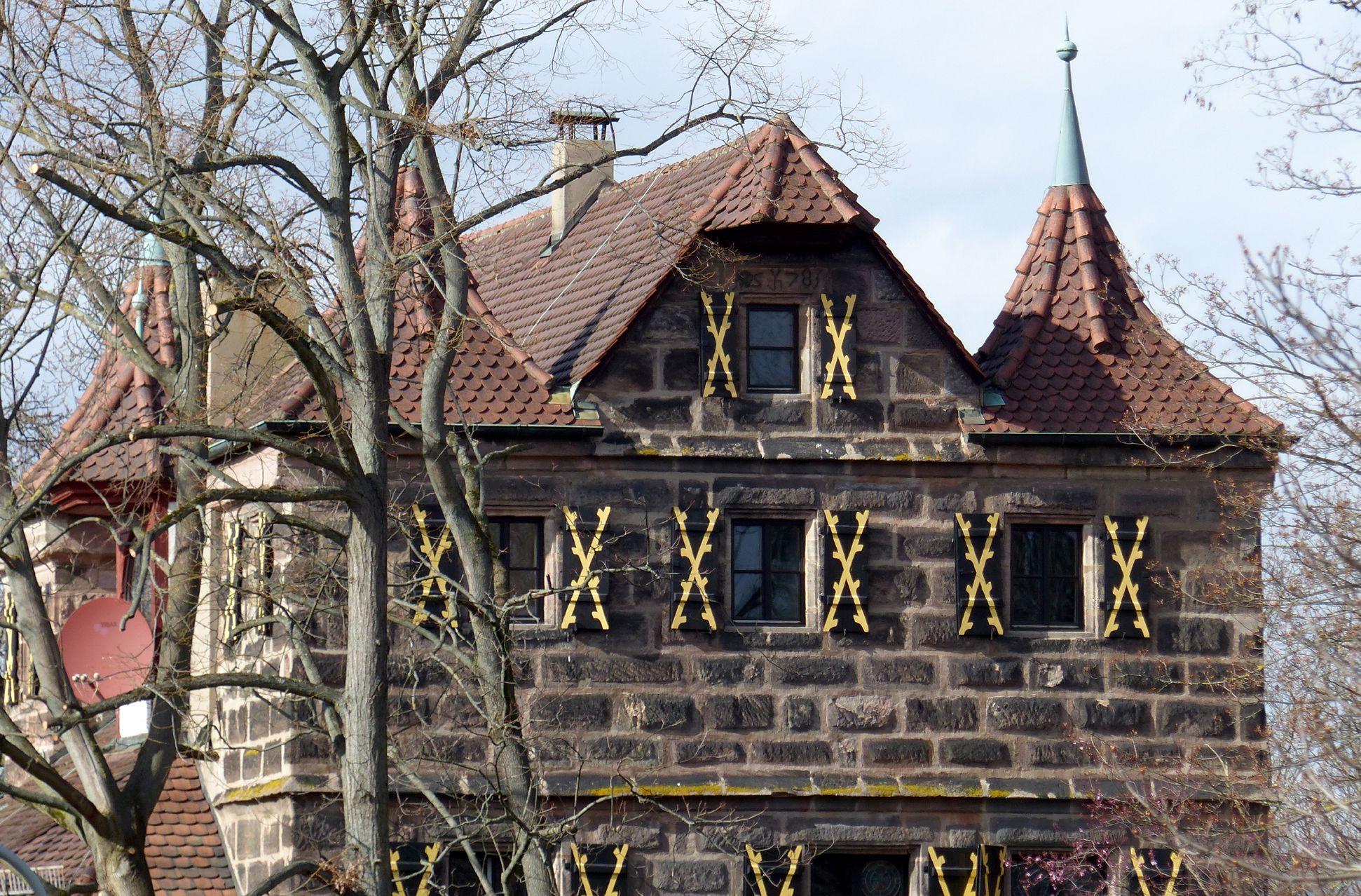 Petzenschloss (Schlösschen Lichtenhof) Haupthaus, Südgiebel