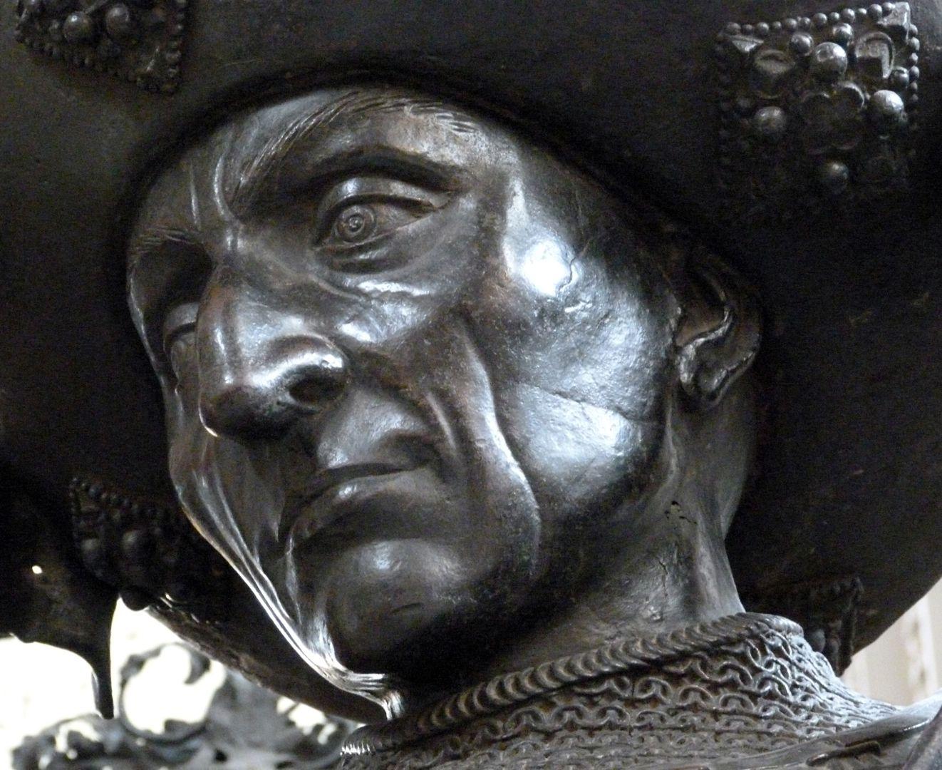 Philipp der Gute von Burgund (Innsbruck) Gesicht in unterer Schrägansicht
