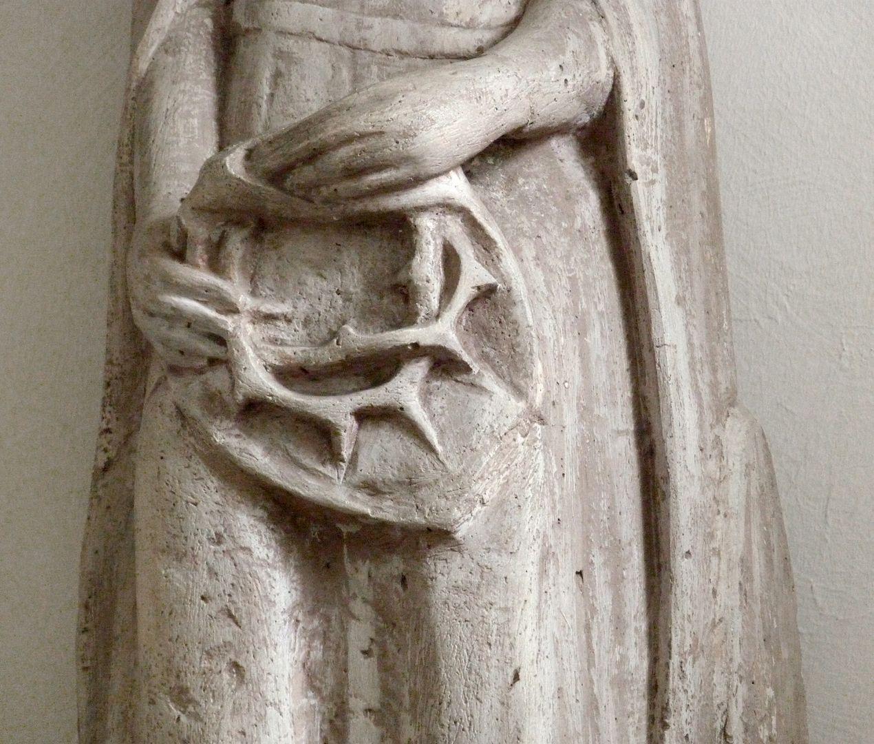 Schmerzhafte Muttergottes Frontalansicht, Detail mit der Dornenkrone