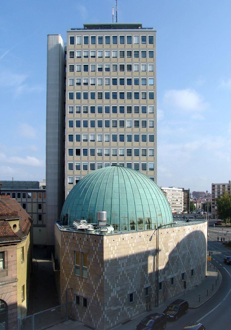 Nicolaus-Copernicus-Planetarium Esemble Planetarium Hochhaus