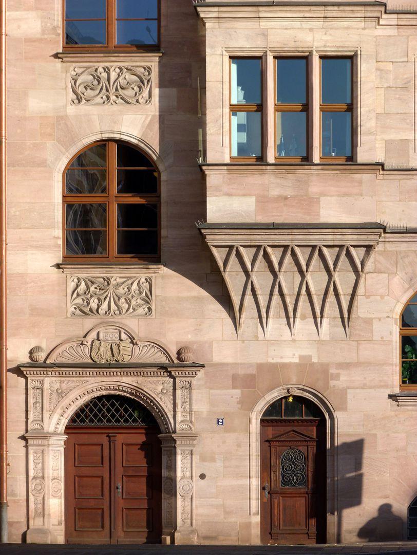 Hauptverwaltungsamt Nebeneingang am Obstmarkt mit Chörlein