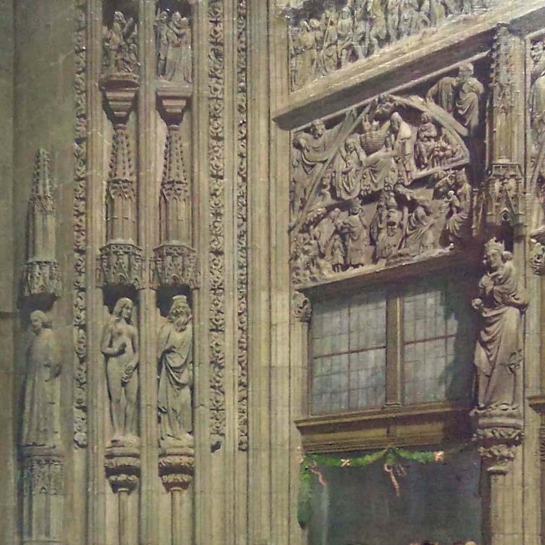 Das Hauptportal der Lorenzkirche mit Brautzug in der Tracht des 30-jährigen Krieges Detail