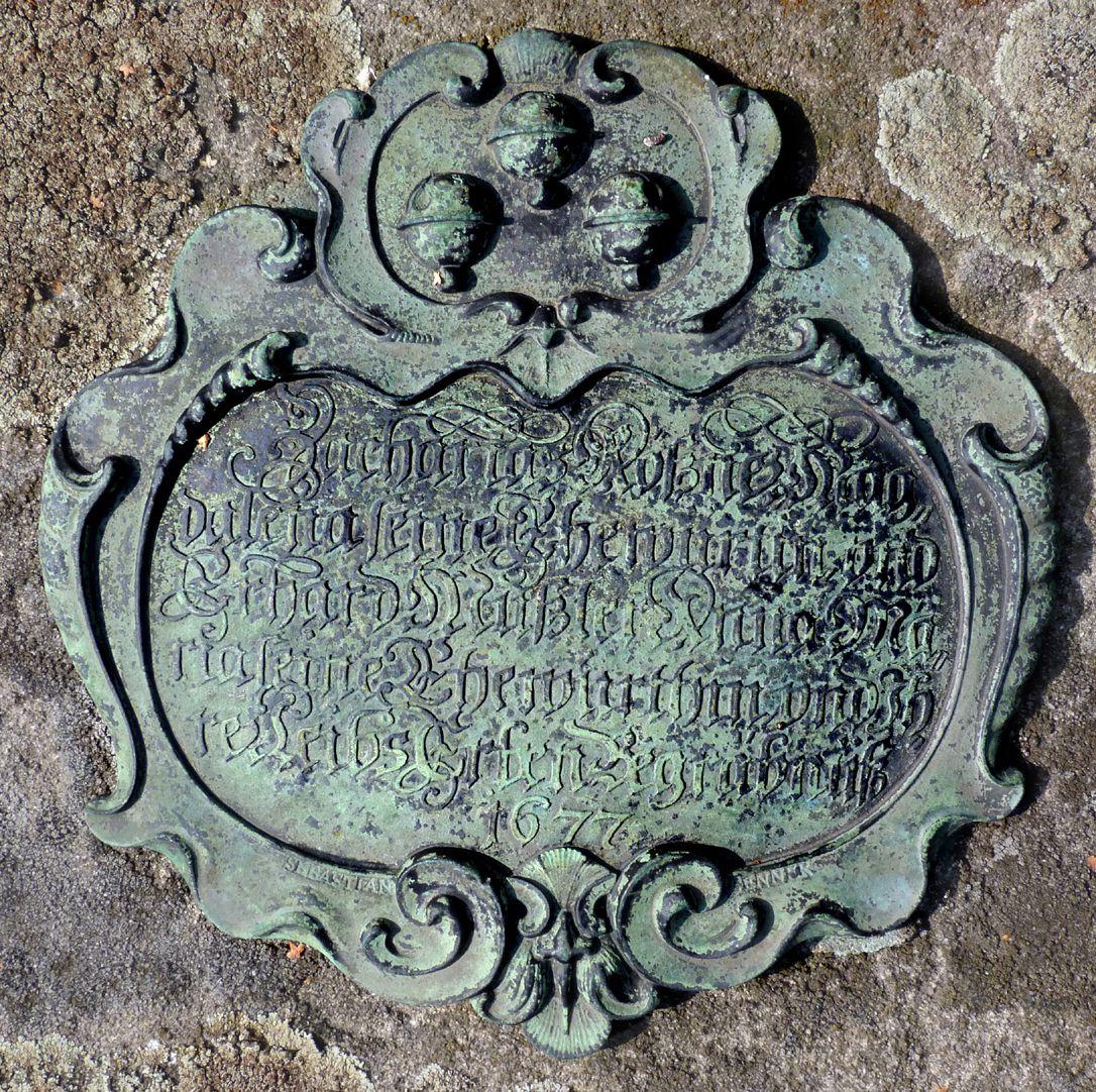 Epitaph auf Grab N 140, Rochusfriedhof Kartusche mit Inschrift