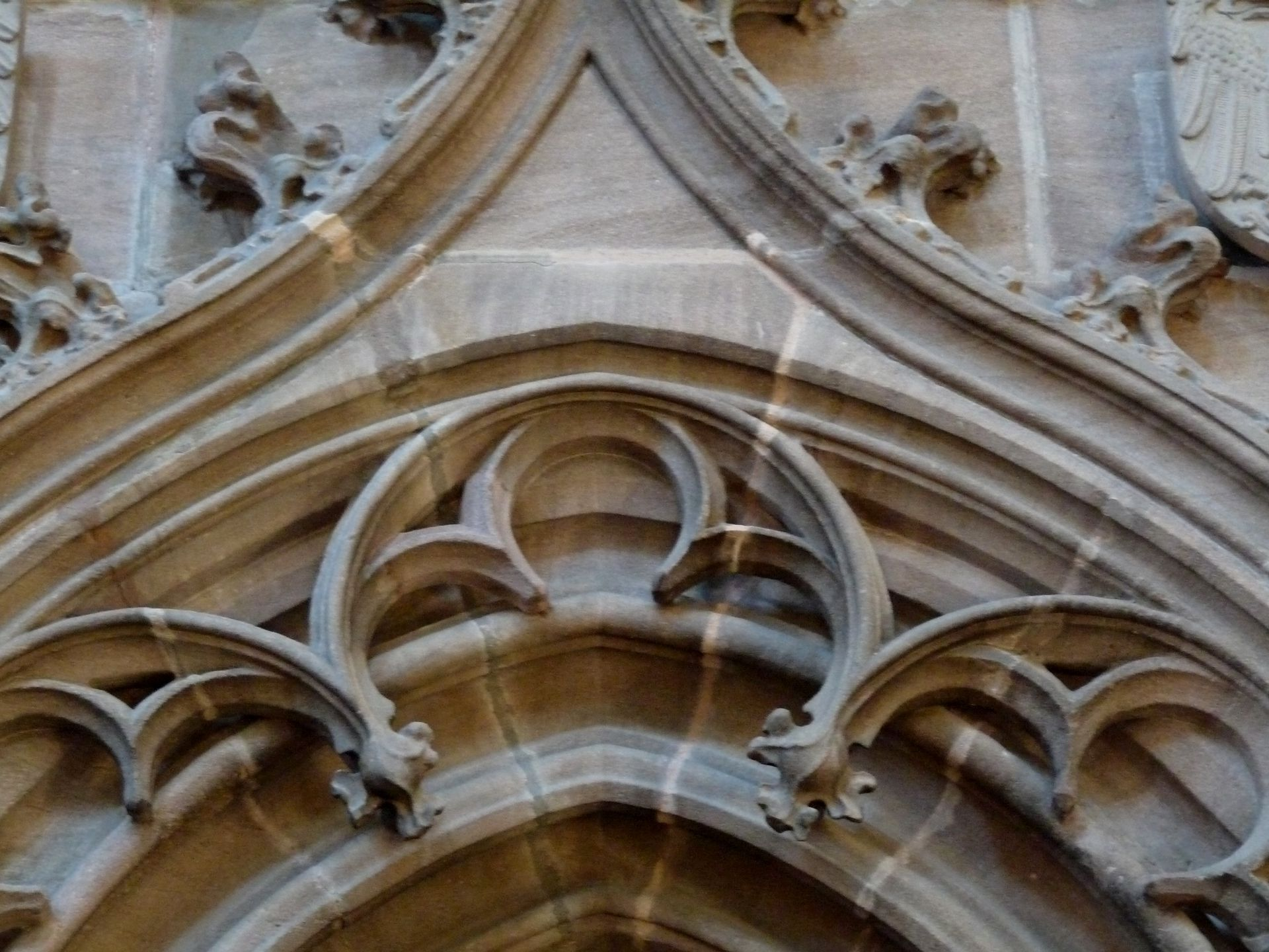 Portal der Sakristei Detail des Bogenfrieses