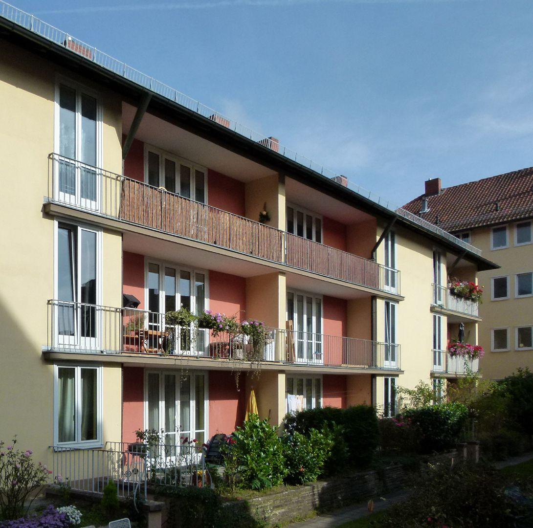 Wohnanlage mit Sparkassenfiliale Innenhof, Flügel an der Hirschelsgasse