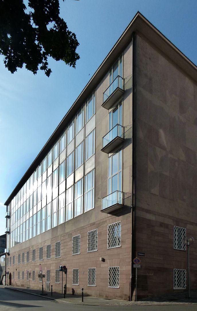 ehem. Bayerische Staatsbank Rückfassade von W nach O