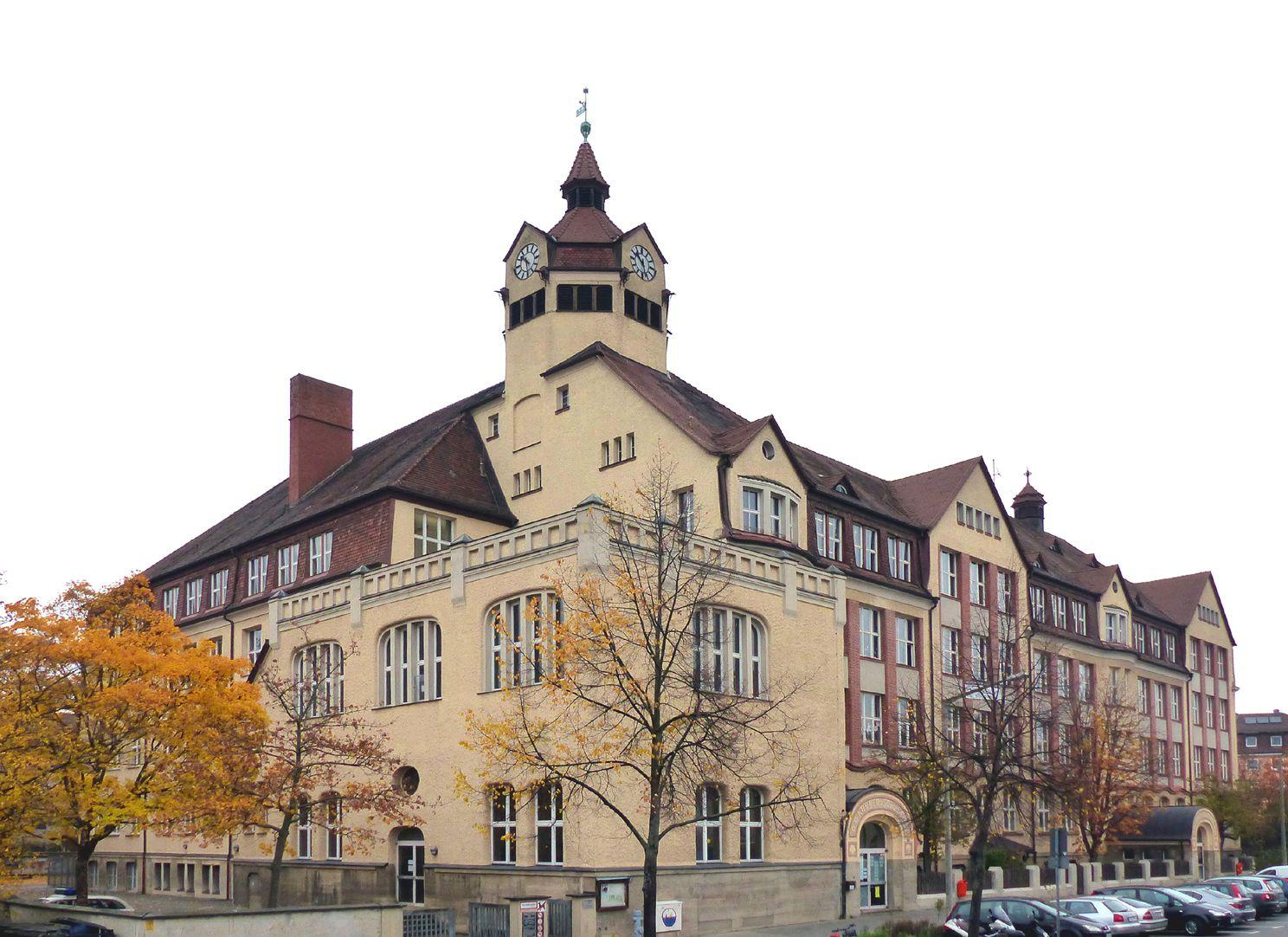 Scharrerschule Gesamtansicht von Süden