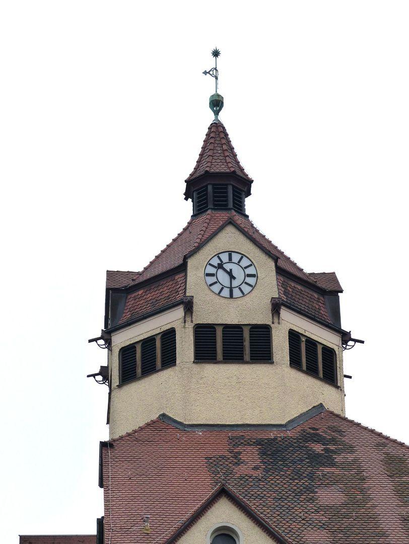 Scharrerschule Uhrentürmchen der Knabenschule