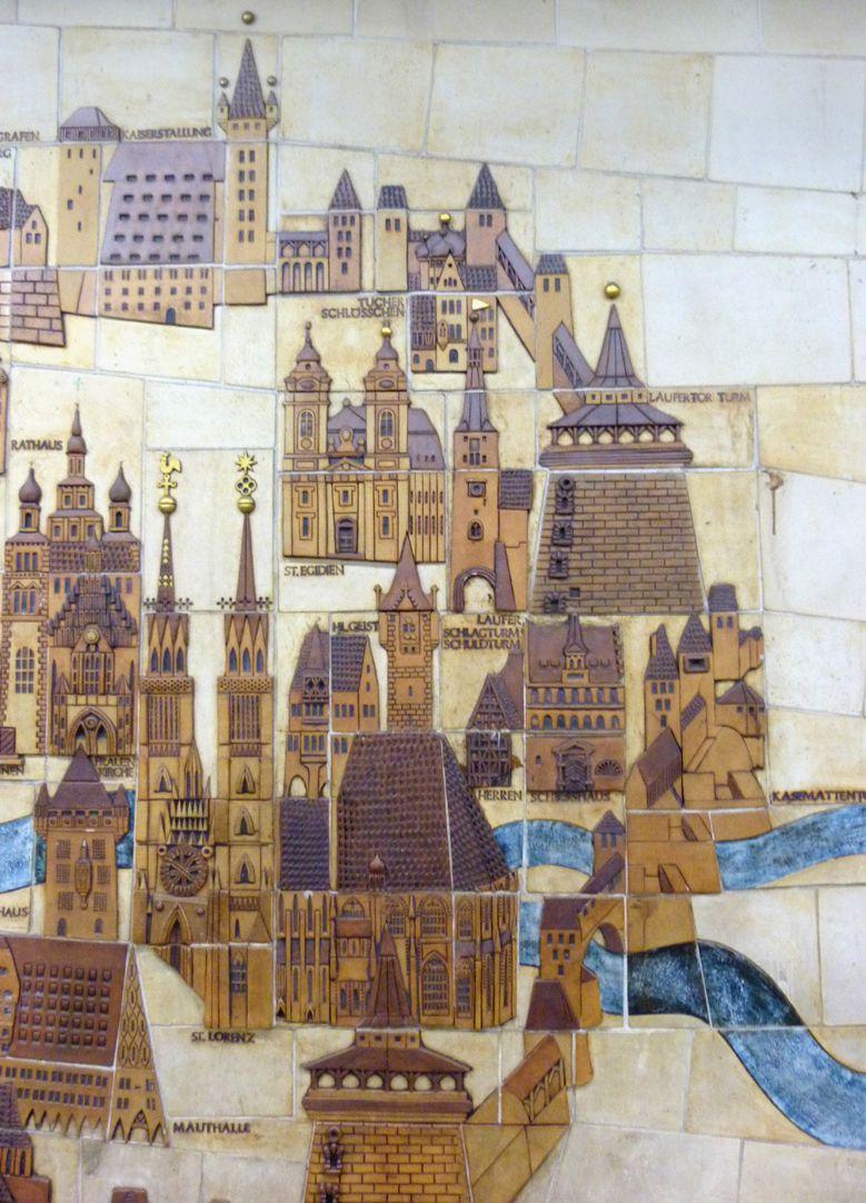 Keramikrelief der Nürnberger Altstadt Detail, östliche Altstadt